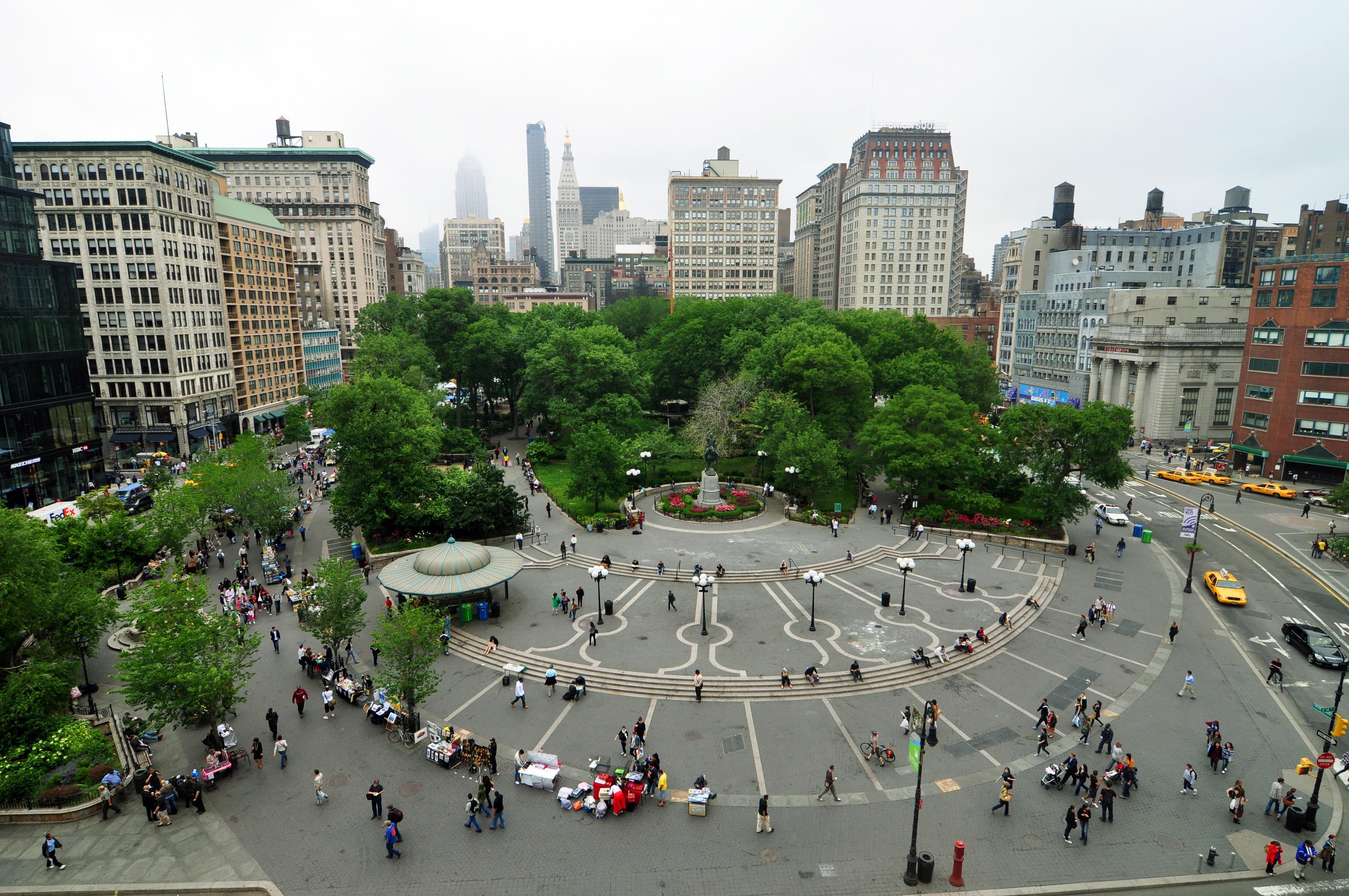 1_new_york_city_union_square_2010.jpg