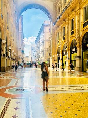 Milan intern Alyssa exploring the city