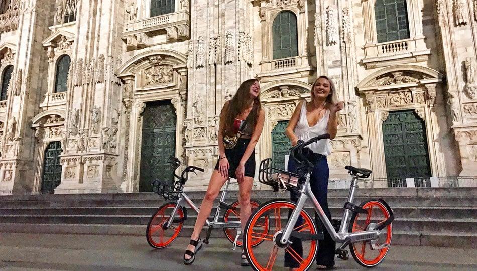 Milan Interns at Duomo