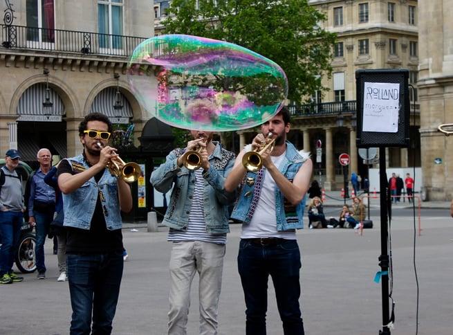 Paris Intern exploring culture