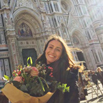 Vanessa in front of the world famous Duomo