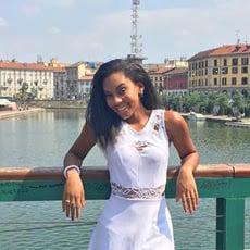 Bryanna exploring Milan