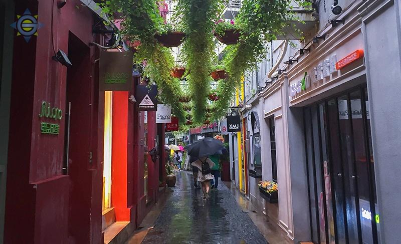Shaghai Street