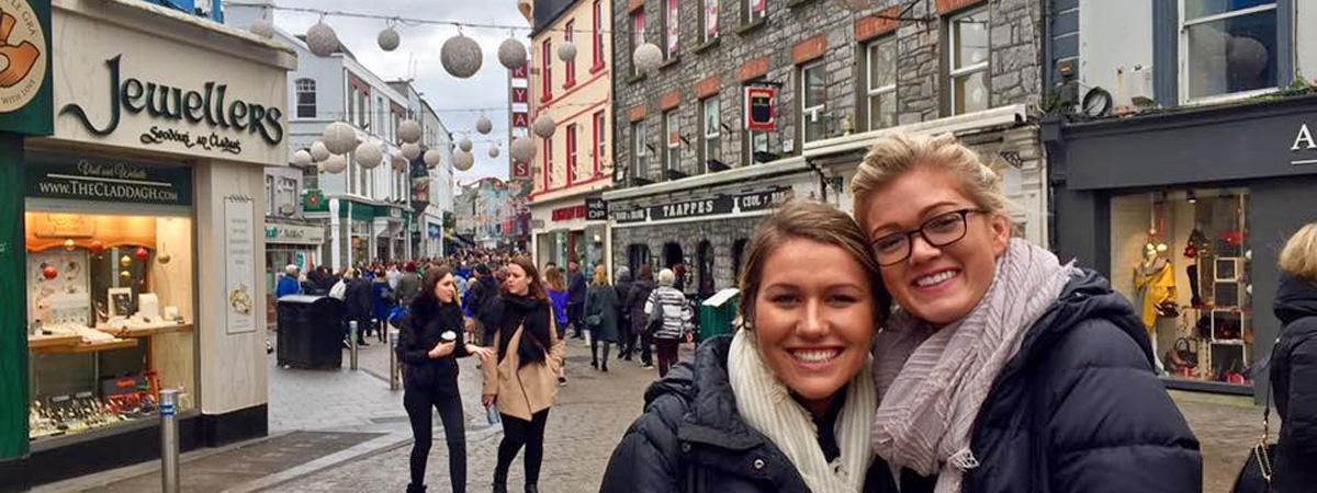Dublin-interns-exploring-the-city