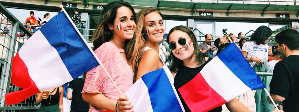 Girls-cheering-France-on-at-World-cup-game