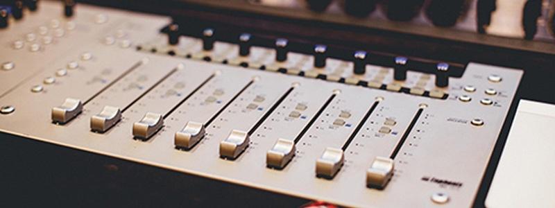 Radio-Internship.jpg